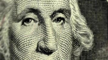 presidenti george washington e abraham lincoln con banconote da uno e cinque dollari