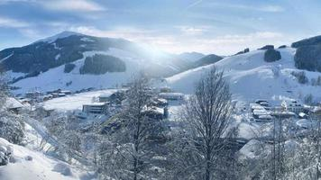 panorama invernale di saalbach-hinterglemm, austria video