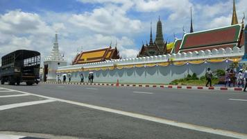 Wat phra kaew - el templo del buda esmeralda en bangkok, tailandia