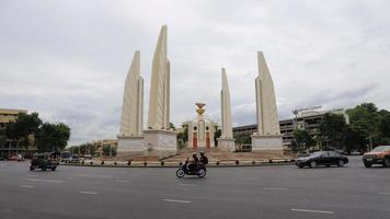 Demokratie-Denkmal in Bangkok, Thailand video