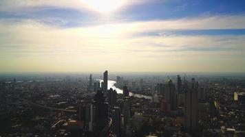 paesaggio urbano di bangkok nello skyline della thailandia video