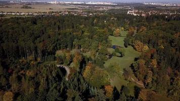 vista aerea di un parco in 4K