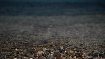 água do mar clara de perto