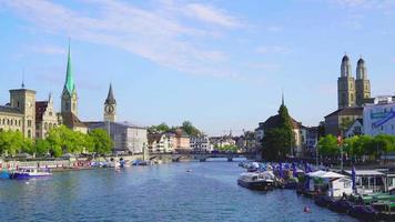 Zürichstadt mit Zürichsee in der Schweiz