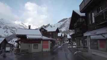 een lege Zwitserse stad