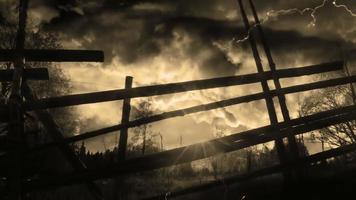 tempestade com raios e paisagem video