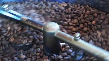 máquina de torrefação de café video