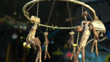 juguetes de madera girando