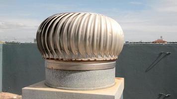 ventilador de turbina funcionando