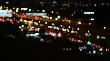 engarrafamento turvo leve à noite