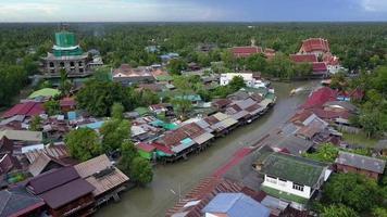 mercado flutuante de ampawa, samutsongkhram, tailândia video