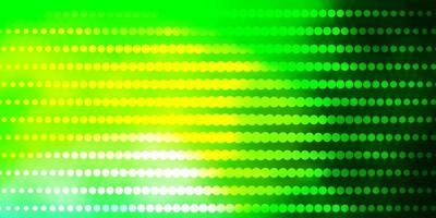 fondo verde claro con círculos.