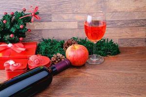 escena navideña roja y verde foto