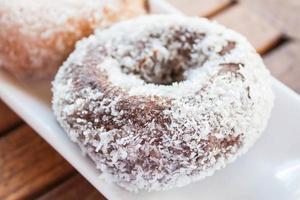 primer plano, de, un, chocolate, coco, donut