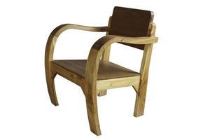 Vista lateral de una silla redonda de madera sobre un fondo blanco.