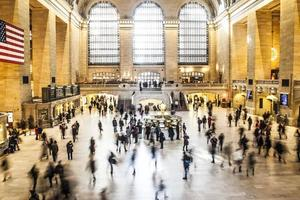 New York City, NY, 2020 - Time-lapse of people walking inside the Grand Central Terminal