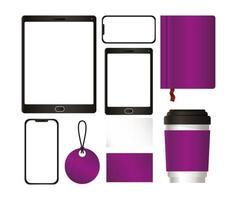 tableta y maqueta con diseño de marca púrpura vector