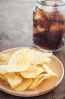 Chips with iced soda