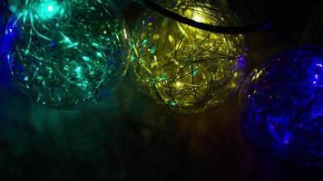 Plano cinematográfico y giratorio de luces navideñas ornamentales - navidad 037