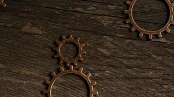 rotação de imagens de estoque de mostradores de relógio antigos e resistidos - mostradores de relógio 029 video