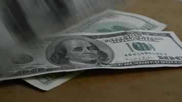 Imágenes de archivo giratorias tomadas de billetes de $ 100 - dinero 0156