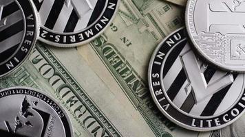 roterende opname van bitcoins (digitale cryptocurrency) - bitcoin litecoin 659