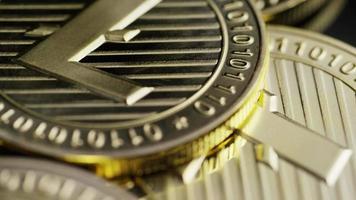 roterende opname van bitcoins (digitale cryptocurrency) - bitcoin litecoin 255