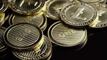 roterende opname van bitcoins (digitale cryptocurrency) - bitcoin litecoin 317