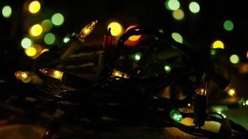 Plano cinematográfico y giratorio de luces navideñas ornamentales - navidad 044