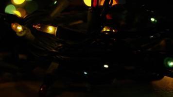 Plano cinematográfico y giratorio de luces navideñas ornamentales - navidad 045