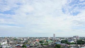 timelapse nuvem diurna dos arredores de Banguecoque, Tailândia. video