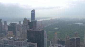 vista de la azotea del parque central 4k