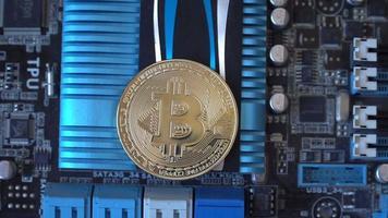 conceito de mineração de criptomoedas com bitcoins na placa de vídeo gráfica video