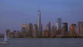 One World Trade Center con velero 4k