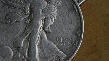 Imágenes de archivo giratorias tomadas de monedas americanas antiguas - dinero 0102