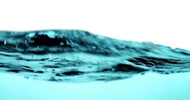 violentas olas turquesas