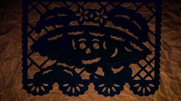tradicional papel picoteado de cabeza de la calavera catrina video