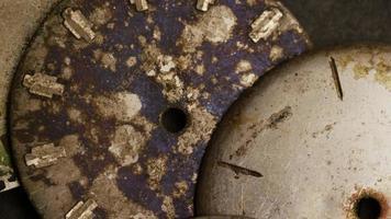 Imágenes de archivo giratorias tomadas de caras de relojes antiguas y desgastadas: caras de relojes 011