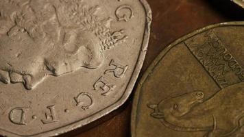 rotação de imagens de estoque de moedas monetárias internacionais - dinheiro 0379