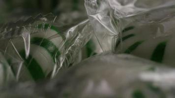 rotierender Schuss von Minze-Bonbons - Bonbon-Minze 018 video