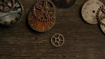 Imágenes de archivo giratorias tomadas de caras de relojes antiguas y desgastadas: caras de relojes 079