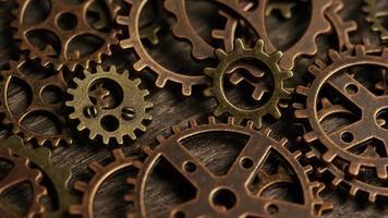 rotação de imagens de estoque de mostradores de relógio antigos e resistidos - mostradores de relógio 052 video
