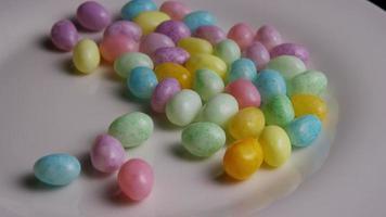 Foto giratoria de coloridos caramelos de Pascua - Pascua 098