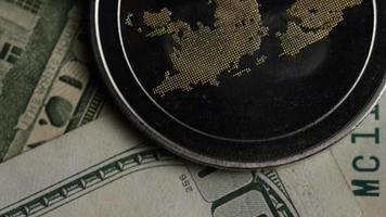 Tir tournant de bitcoins (crypto-monnaie numérique) - ondulation de bitcoin 0265 video