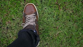 Draufsicht Füße gehen gerade video