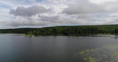vue aérienne du barrage de campagne de la thaïlande.