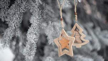 brinquedos de natal de madeira