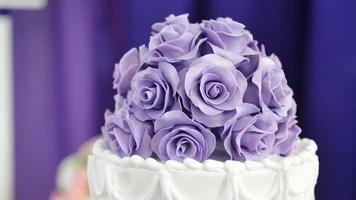 decoração de bolo de casamento video