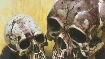 calavera de halloween con barro derretido