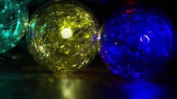 Plano cinematográfico y giratorio de luces navideñas ornamentales - navidad 039